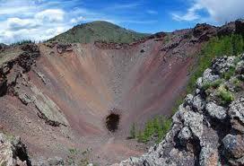 国立公園ホルゴ死火山、テルヒーンツァガーン湖