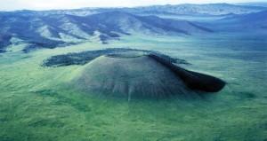ウラントゴー死火山